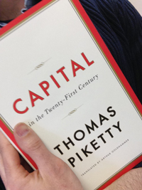 Piketty Shelfie